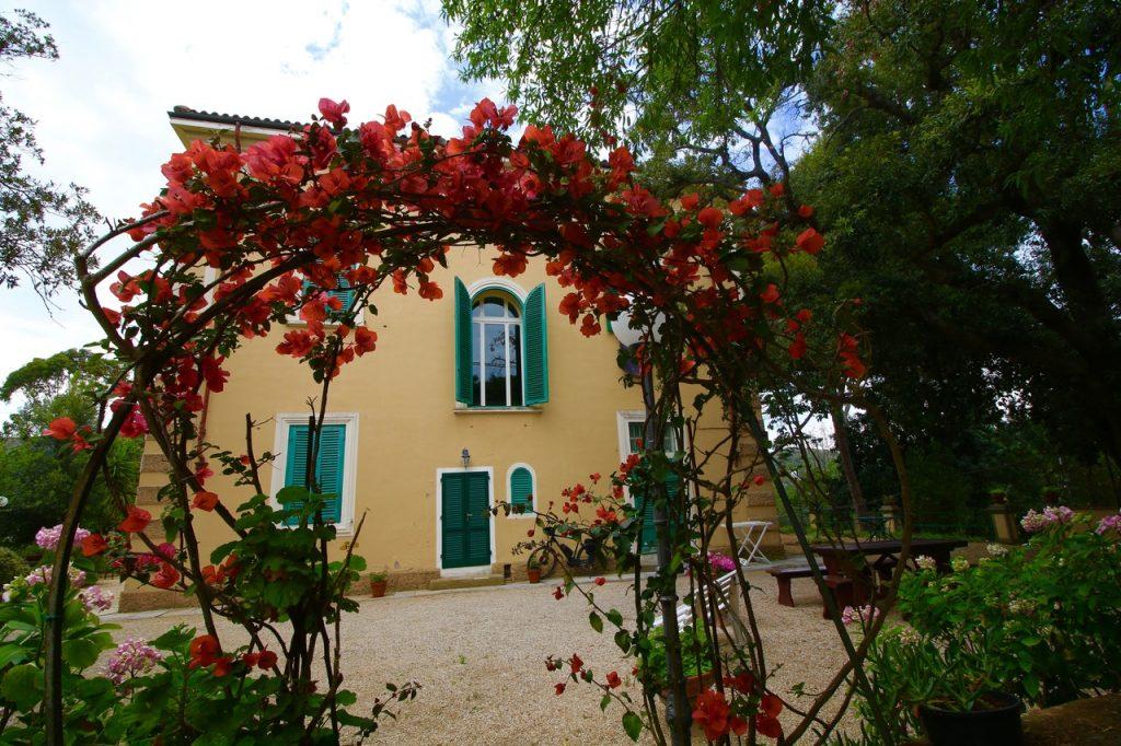 Villa Teresa einzimmerwohnungen
